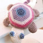 Baby DROPS Turtle - FREE Crochet Pattern by DROPS
