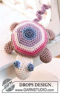 Timmy the Turtle by DROPS Design - FREE Crochet Pattern by DROPS