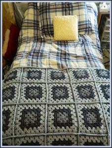 Blue Granny Square Baby Blanket ~ Heather's Crochet Blog