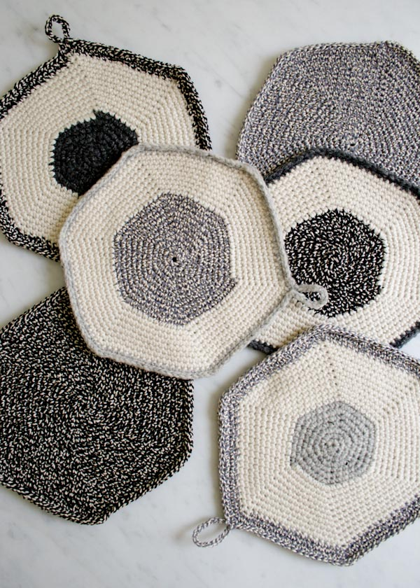 Crocheted Set-of-Three Pot Holders ~ The Purl Bee