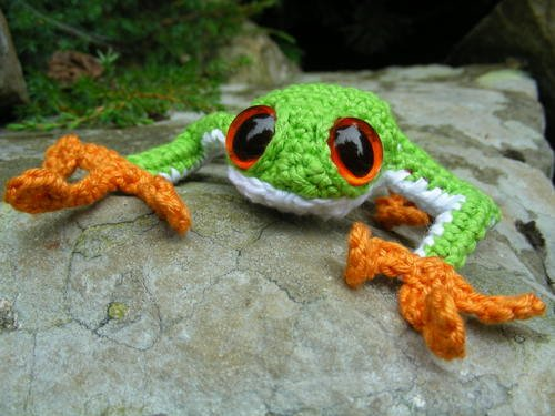 Tree Frog by Roman Sock