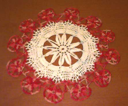 Moulin Rouge by Patty's Filet and Crocheting Page