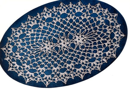 Motif Center Doily by Free Vintage Crochet