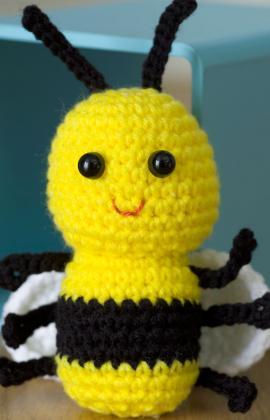Crochet Baby Bee - Red Heart