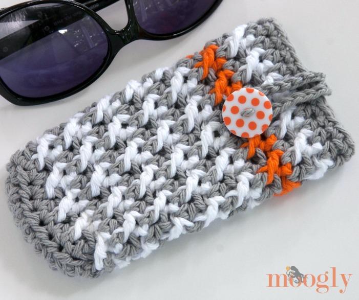 Manchester Sunglasses Case ~ Moogly