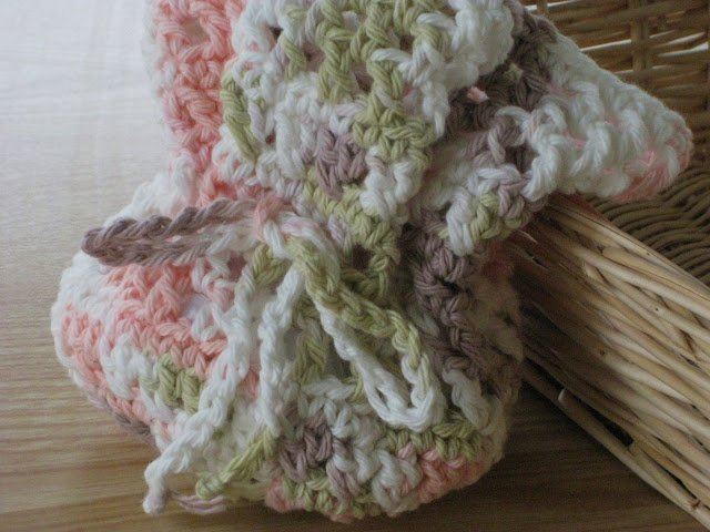 Round X-Stitch Pouch by Laurie Laliberte