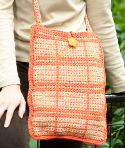 Outlined Squares Shoulder Bag by Leslie Blackmon for Red Heart