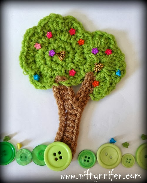 Crochet Tree Motif Embellishment by Jennifer Gregory of Niftynnifer's Crochet & Crafts