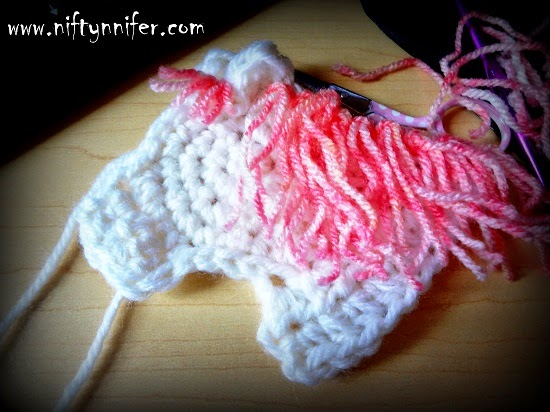 Crochet Horse Head Motif by Jennifer Gregory of Niftynnifer's Crochet & Crafts