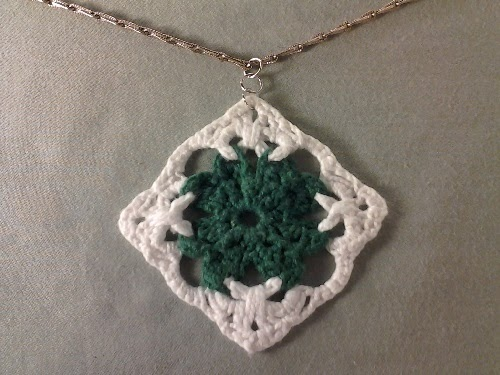 Celtic Knot Shamrock Pendant by Crochet is the Way
