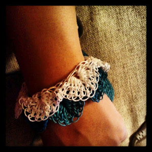 Chiq Crocodile Cuff by Crochet Chiq