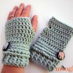 Ups and Downs Crochet Fingerless Gloves by Moogly