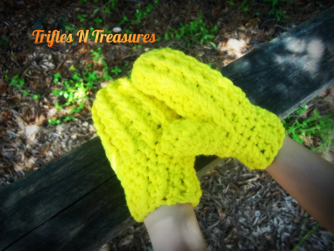 Kids Ridged Mittens by Tera Kulling of Trifles N Treasures