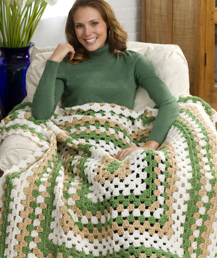 Weekend Granny Throw by Katherine Eng for Red Heart