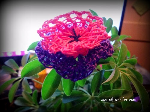 Funky Flower Fridays Week 10 by Jennifer Gregory of Niftynnifer's Crochet & Crafts
