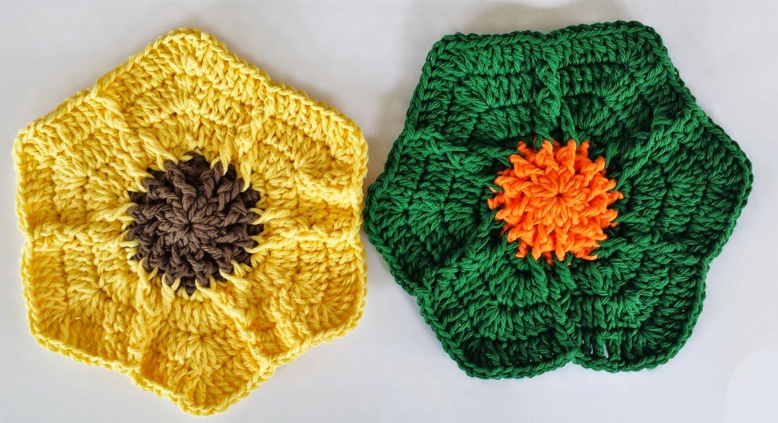 Free Crochet Patterns Flower Dishcloths : Falling For Flowers Dishcloth ~ FREE Crochet Pattern
