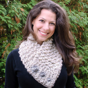 Quick and Comfy Crochet Scarf by Petals to Picots