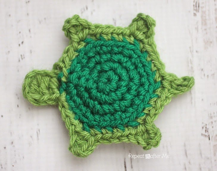 T is for Turtle: Crochet Turtle Applique by Repeat Crafter Me
