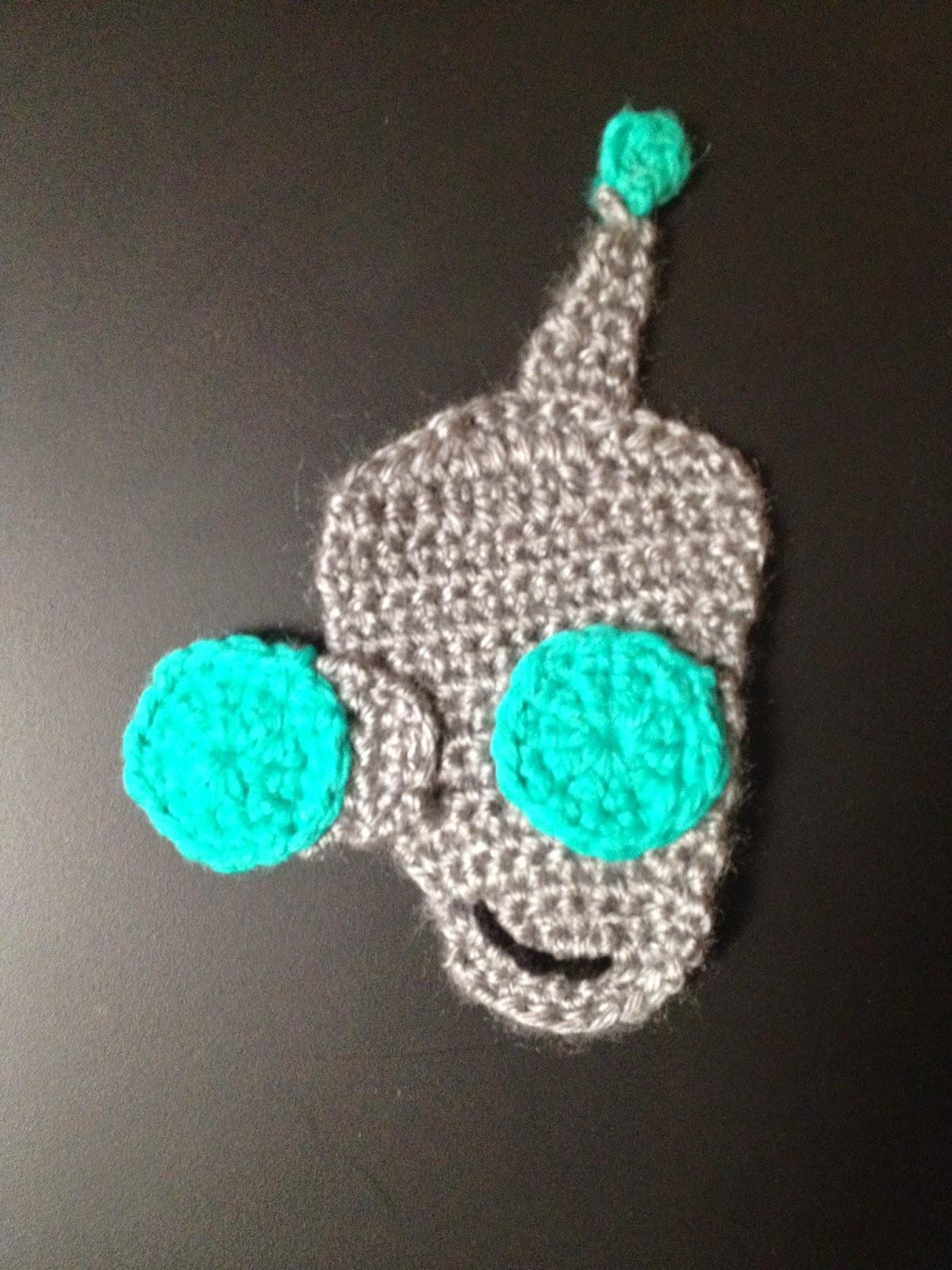 Crochet Kooky Robot Applique ~ Manda Proell - MandaLynn's Crochet Treasures