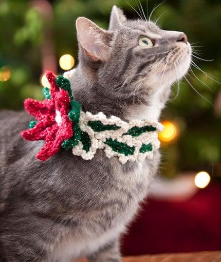 Holiday Cat Collar ~ Brenda K.B. Anderson - Red Heart