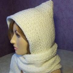 Beginner Hooded Scarf ~ FREE Crochet Pattern