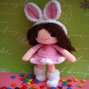 Amigurumi Rose Free Pattern : Rose Girl Bunny ~ FREE Crochet Pattern