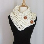 Diana Buttoned Cowl ~ Crochet Dreamz