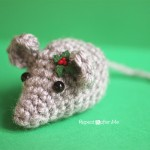 Tiny Crochet Mouse ~ Repeat Crafter Me