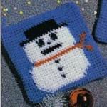 Blue Snowman Potholder ~ MomsLoveOfCrochet.com