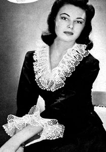 Dress Up Collar & Cuffs ~ Free Vintage Crochet