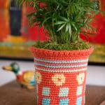Tapestry Flower Pot Cozy ~ Nirmal Kaur Khalsa – Red Heart