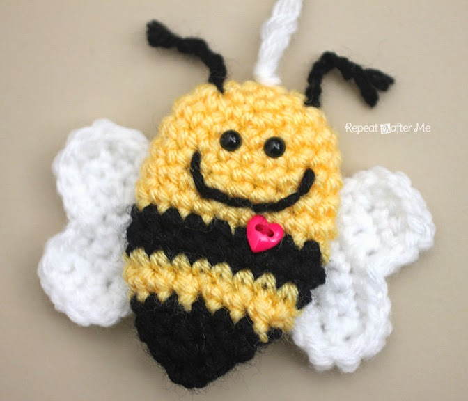 Bumble Bee Keychain ~ Repeat Crafter Me
