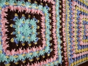 "Twist & Shake Square - 16"" ~ Jennifer Gregory - Niftynnifer's Crochet & Crafts"