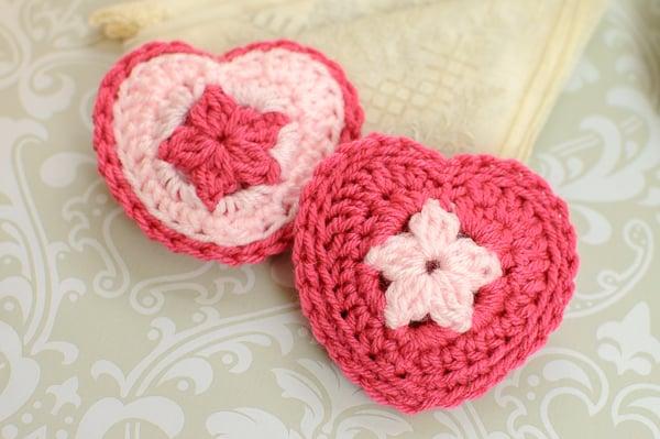 Crochet Heart Sachet ~ Petals to Picots