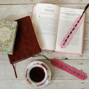 Pretty Lace Crochet Bookmark ~ Petals to Picots