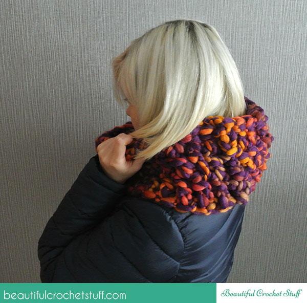 Finger Crochet Scarf ~ Jane Green - Beautiful Crochet Stuff