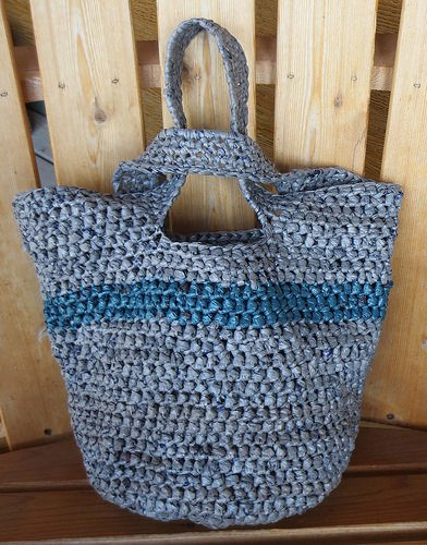 Japanese Knot Plarn Tote Bag ~ FREE Crochet Pattern