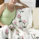 Rosebud Throw ~ Glenda Winkleman – Red Heart