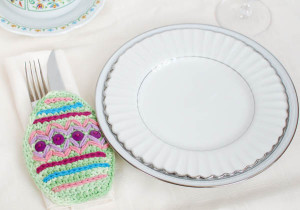 Easter Place Setting ~ Petals to Picots