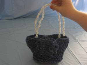 Chenille Rose Purse ~ Donna's Crochet Designs