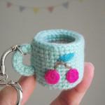 Tiny Amigurumi Cup ~ Petits Pixels