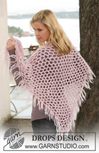DROPS Shawl in Eskimo ~ DROPS Design