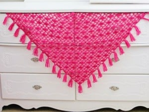 Tyra Triangle Shawl ~ Crochet Dreamz