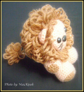 Little Lion Amigurumi ~ Maz Kwok's Designs
