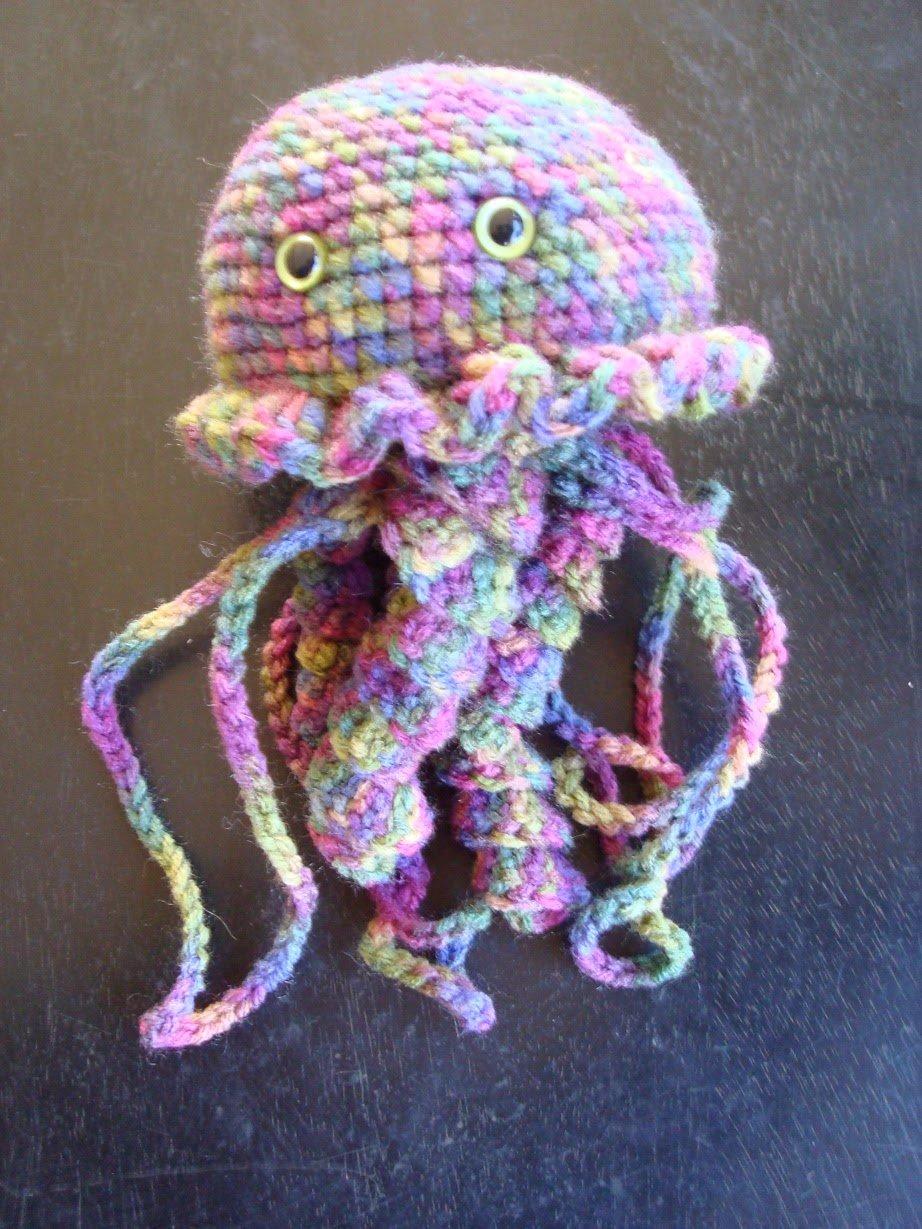 Free Crochet Pattern For Jellyfish : Jellyfish ~ FREE Crochet Pattern