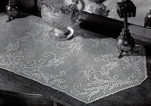 Morning Glory Table Runner ~ Free Vintage Crochet