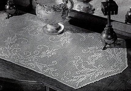 Free Vintage Crochet Table Runner Patterns : Morning Glory Table Runner ~ FREE Crochet Pattern