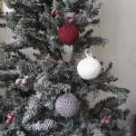Christmas Bauble Ornaments ~ EyeLoveKnots