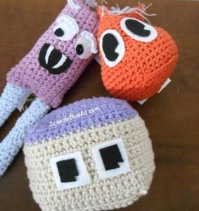 Happy Amigurumi Monsters ~ 2 Crochet Hooks - Oombawka Design