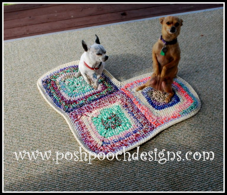 Free Crochet Pattern Pet Mat : Heart Shaped Dog Rug Pet Mat ~ FREE Crochet Pattern